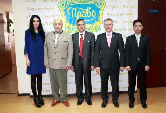 Зустріч Голови СЮУ з Надзвичайним і Повноважним Послом Соціалістичної Республіки В'єтнам в Україні