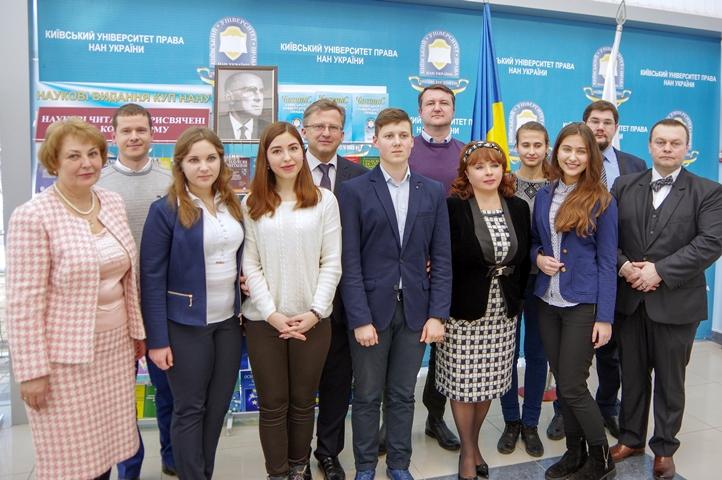 Ніна Карпачова взяла участь у Х Наукових читаннях, присвячених памяті В.М. Корецького