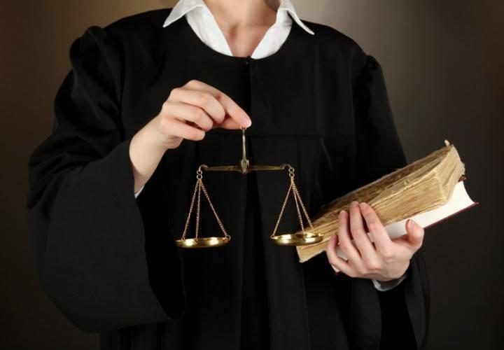 Адвокати можуть підтверджувати досвід роботи не завірені в суді копіями судових рішень