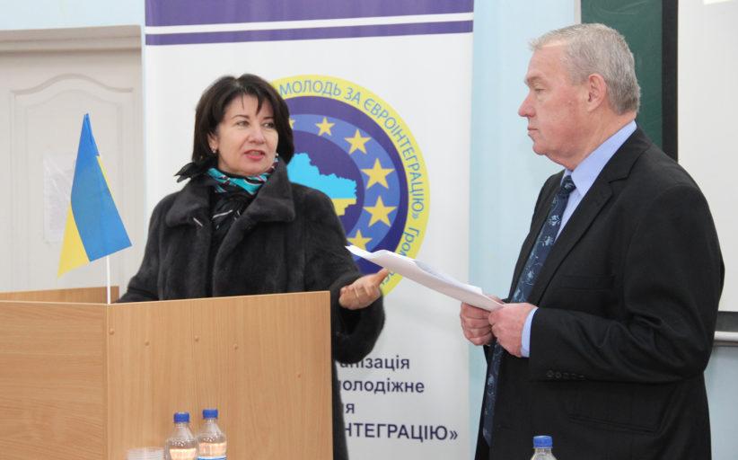 Голова обласного осередку Союзу юристів України Матера М.І. прийняв участь у круглому столi.