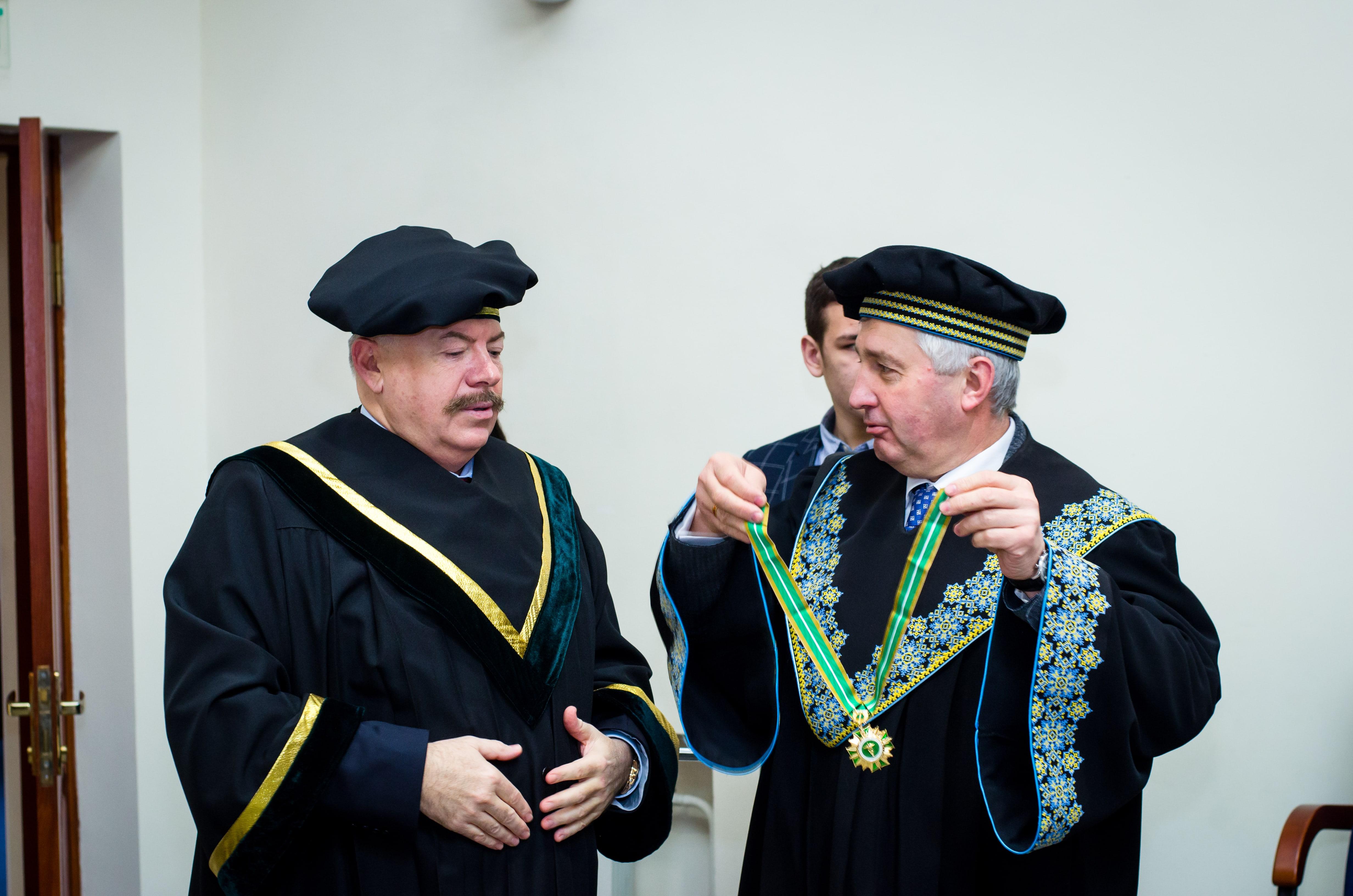 Нагородження С.Піскуна в Університеті Державної фіскальної служби України