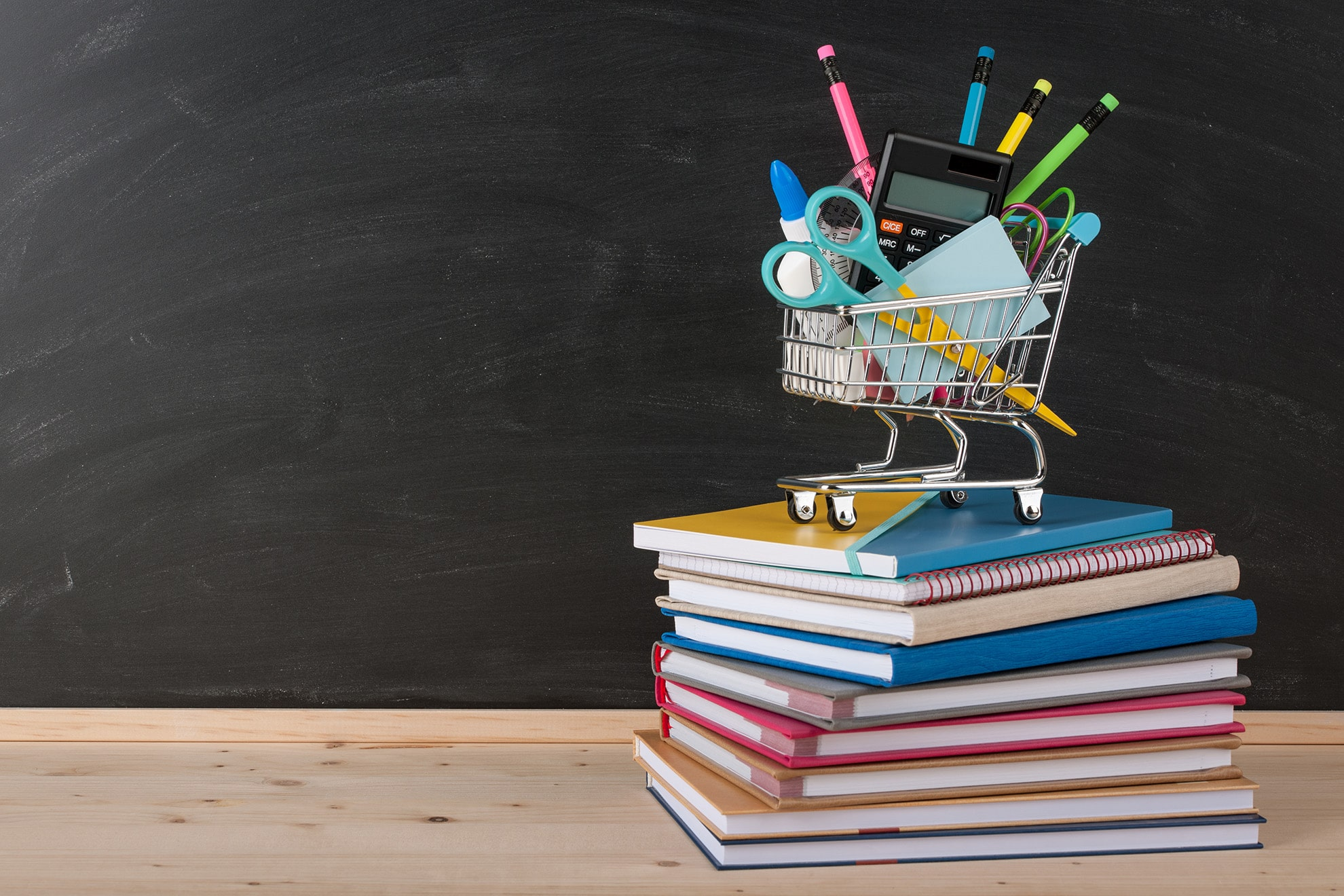 back-to-school-concept-with-school-supplies-PKRCNF2-min