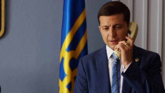 zelenskij-po-telefonu