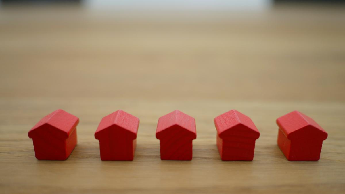 Як нараховують податок на нерухоме майно, відмінне від земельної ділянки