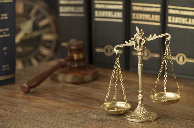 Держава несе відповідальність, коли втручається у деліктні зобов'язання на користь однієї із сторін спору: ЄСПЛ