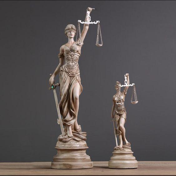 Строк звернення до Європейського суду з прав людини скорочується на третину