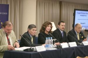 Sudi ta suspilstvo 2010-06