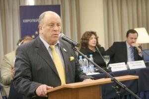Sudi ta suspilstvo 2010-10